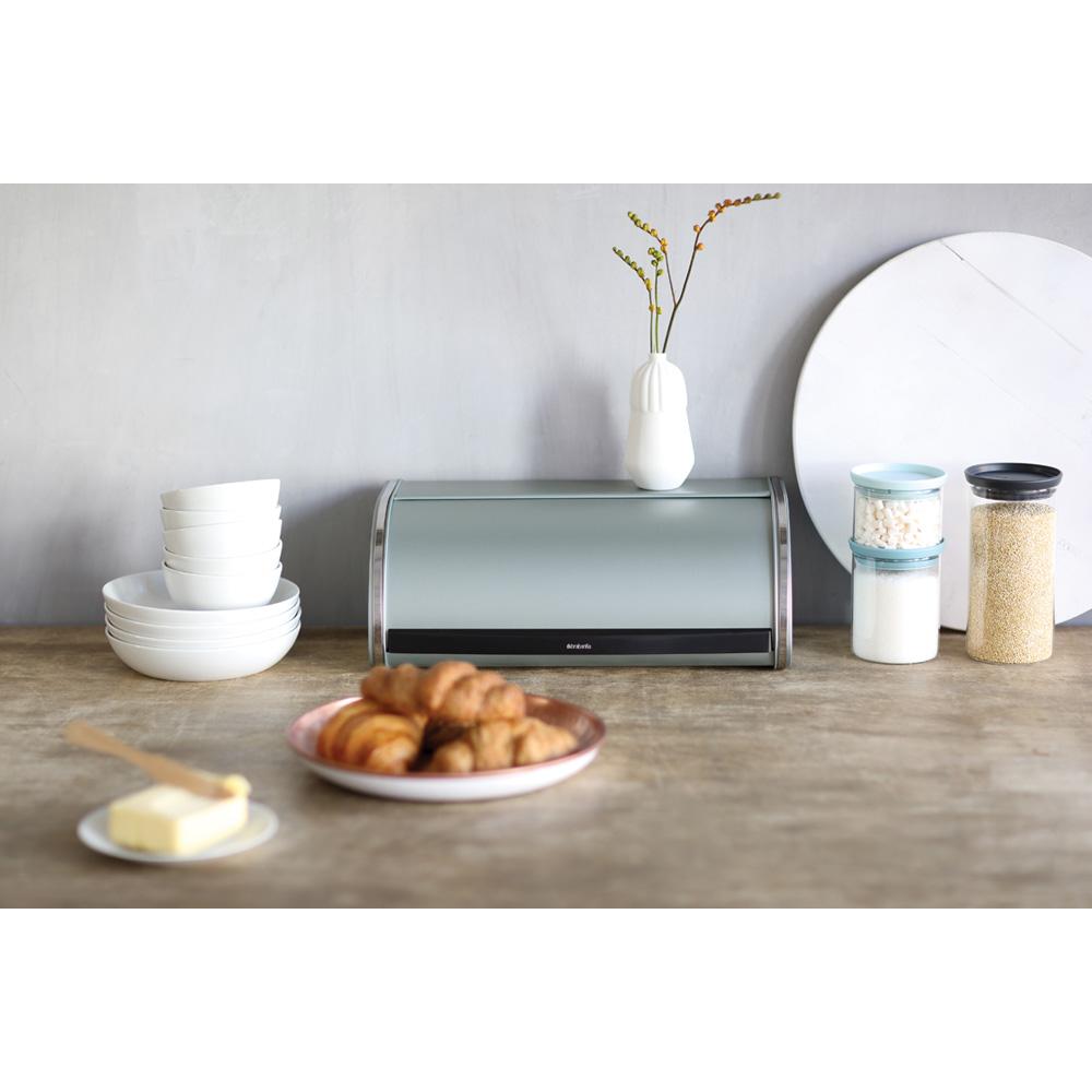 Кутия за хляб Brabantia Roll Top Metallic Mint(3)