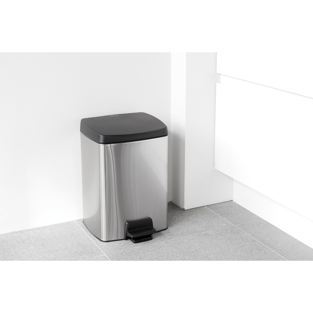 Кош за смет с педал Brabantia Silent 10L, Matt Steel Fingerprint Proof(7)