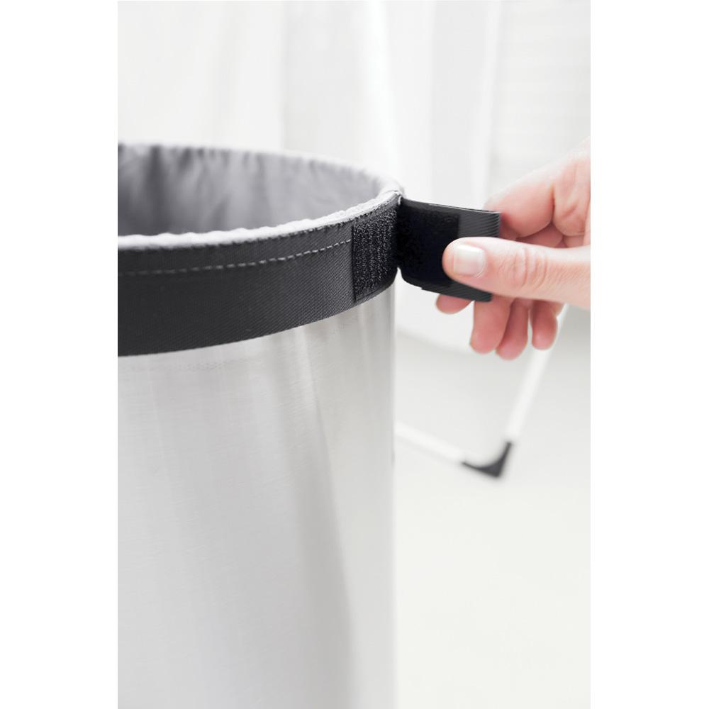 Кош за пране Brabantia 60L, Brilliant Steel, метален капак(3)