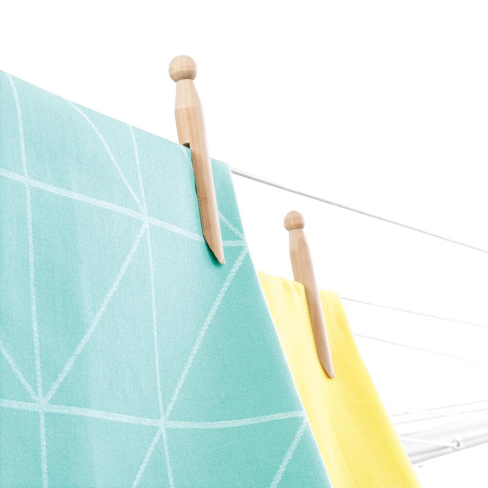 Външен простор Brabantia Lift-O-Matic Advance 50m, метален шиш за вкопаване или бетониране, калъф, торба за щипки(2)