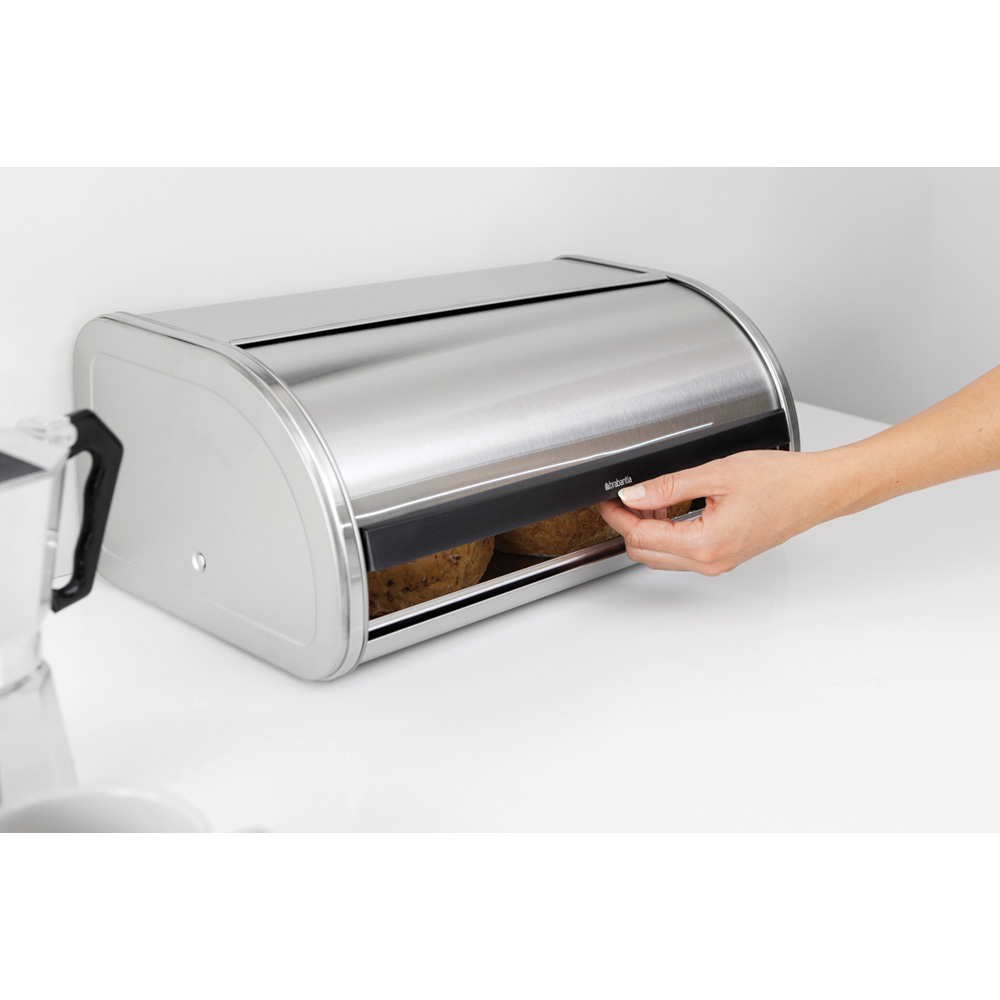 Кутия за хляб Brabantia Roll Top Matt Black(3)