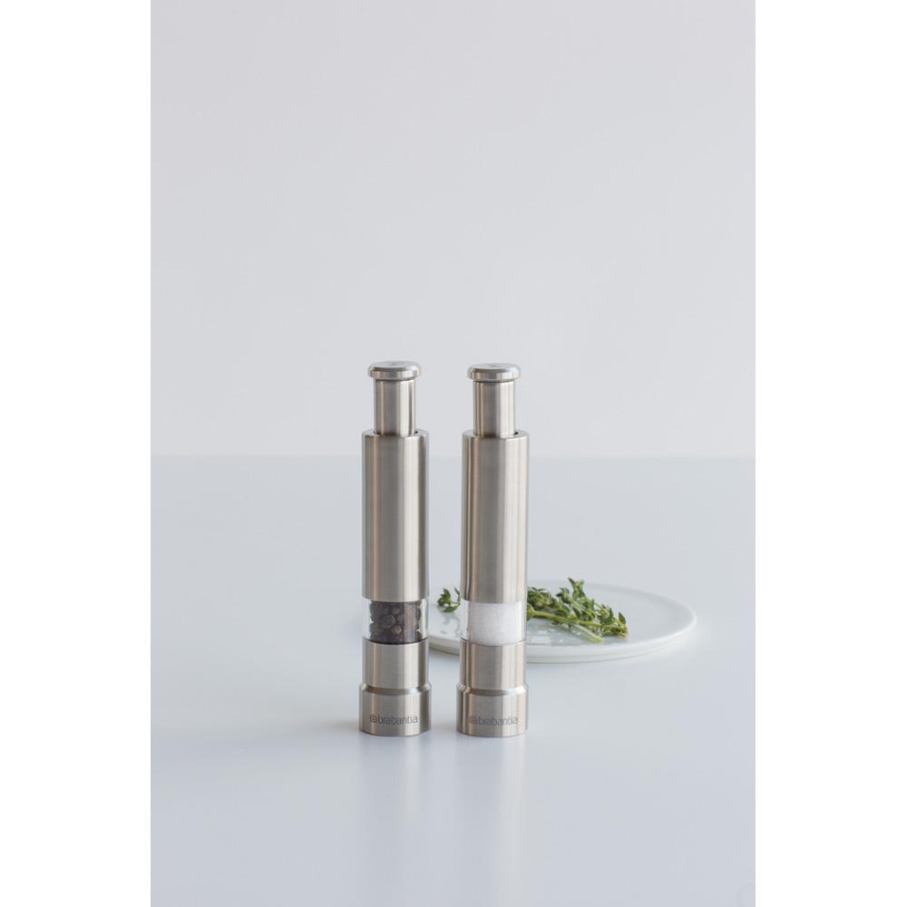 Мелничка за сол и пипер Brabantia Matt Steel (3)