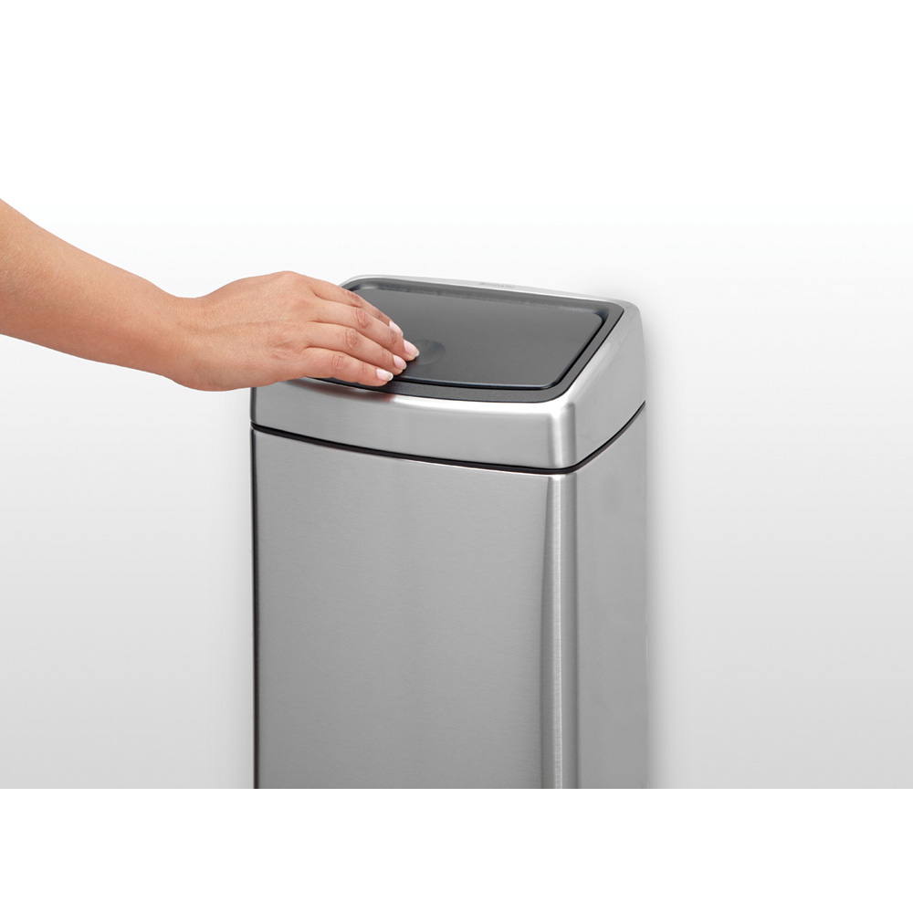 Кош за смет Brabantia Touch Bin 10L, Matt Steel Fingerprint Proof(9)