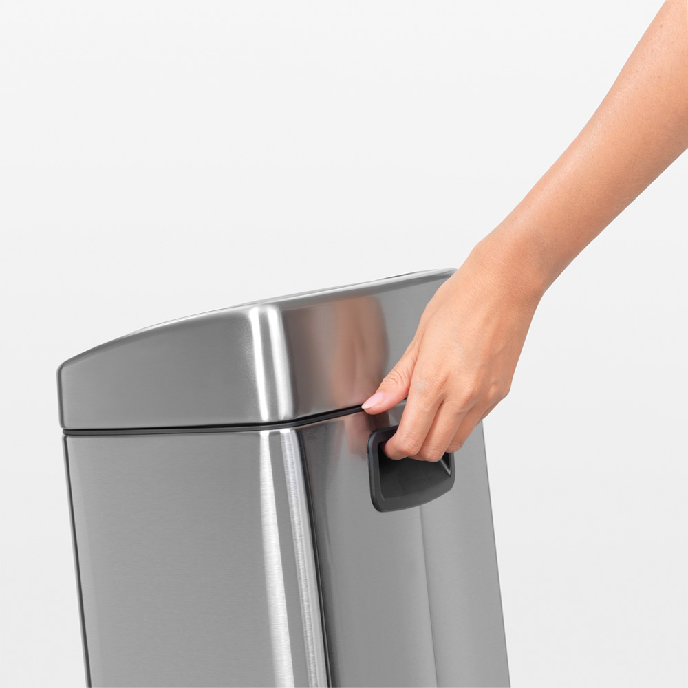 Кош за смет Brabantia Touch Bin 10L, Matt Steel Fingerprint Proof(4)