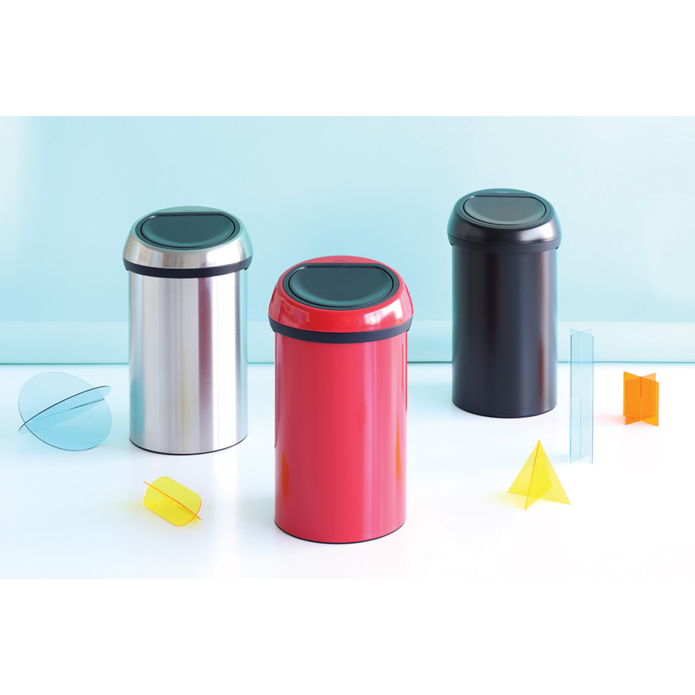 Кош за смет Brabantia Touch Bin 60L, Brilliant Steel, черен капак(2)
