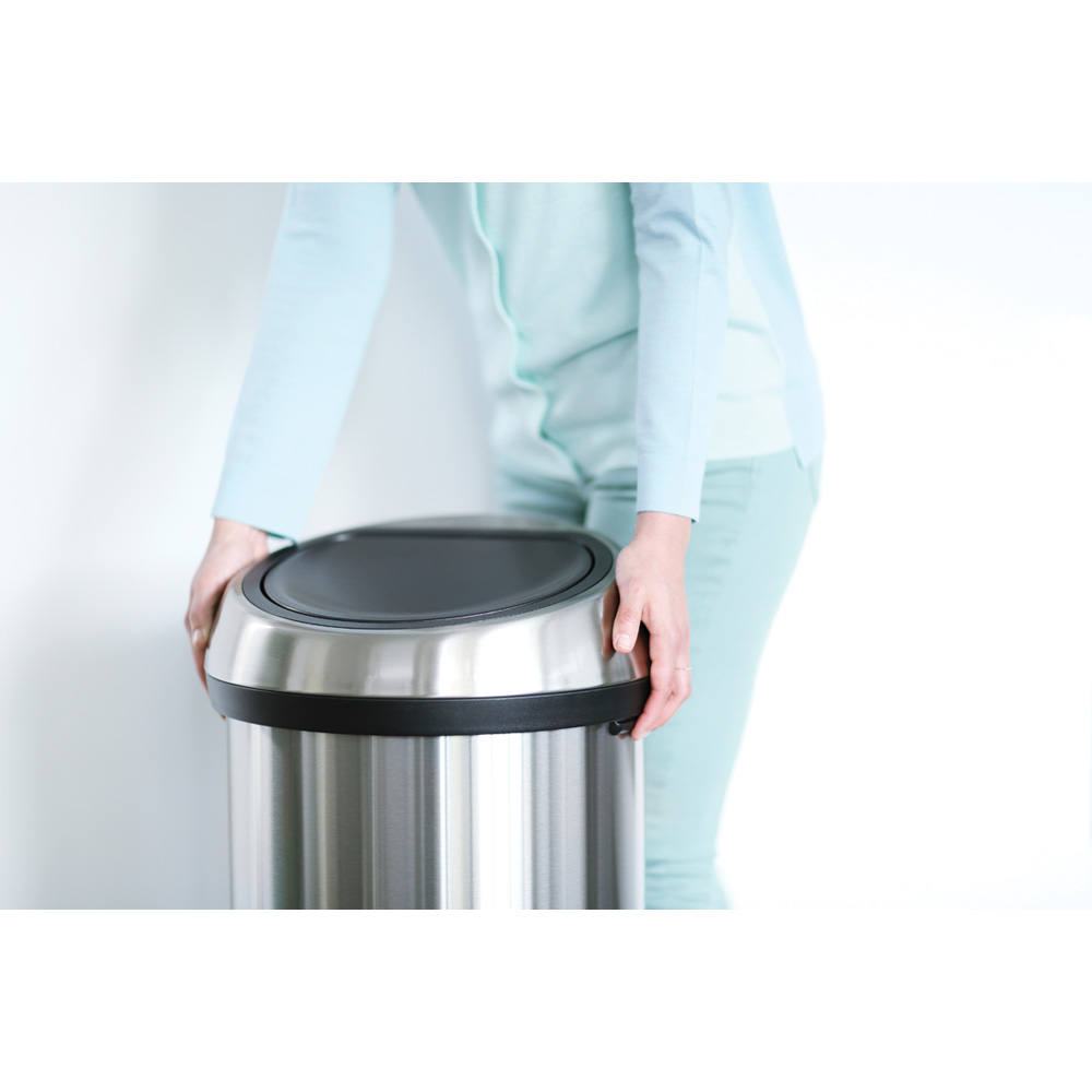 Кош за смет Brabantia Touch Bin 60L, Brilliant Steel, черен капак(3)