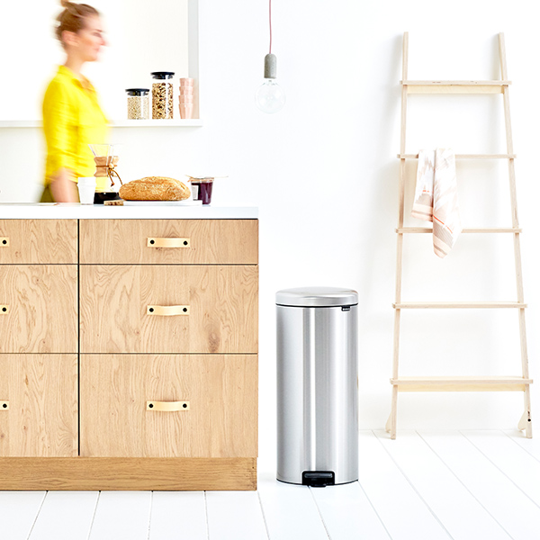 Кош за смет с педал Brabantia NewIcon 30L, Matt Steel Fingerprint Proof(9)