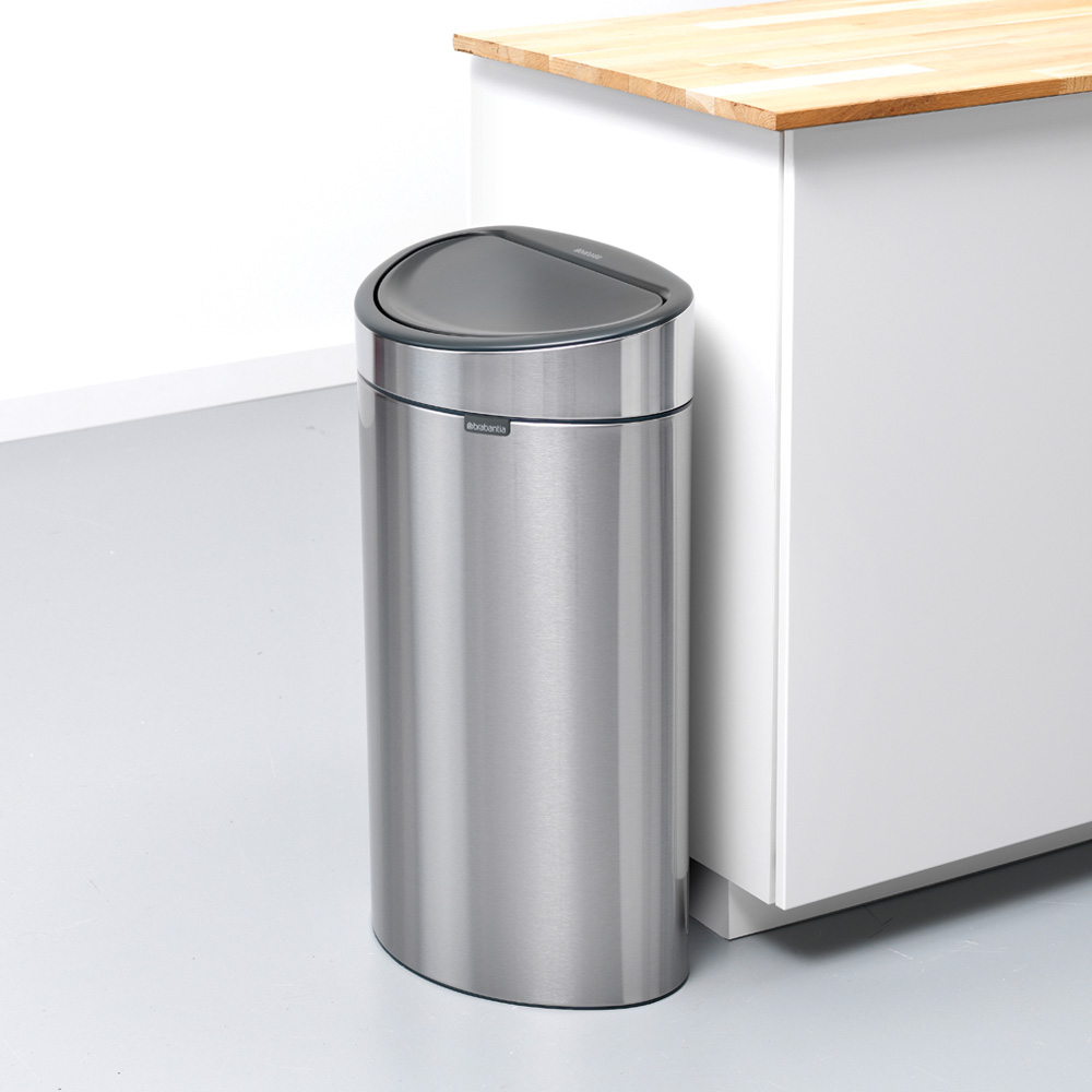 Кош за смет Brabantia Touch Bin New 40L, Matt Steel Fingerprint Proof(5)