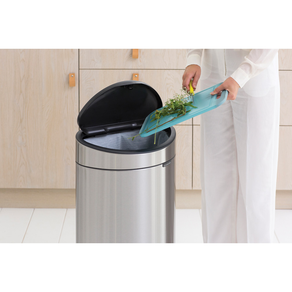 Кош за смет Brabantia Touch Bin New 40L, Matt Steel Fingerprint Proof(8)