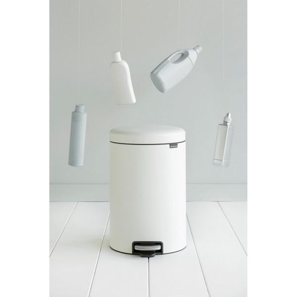 Кош за смет с педал Brabantia NewIcon 20L, Mineral Eternal White(4)