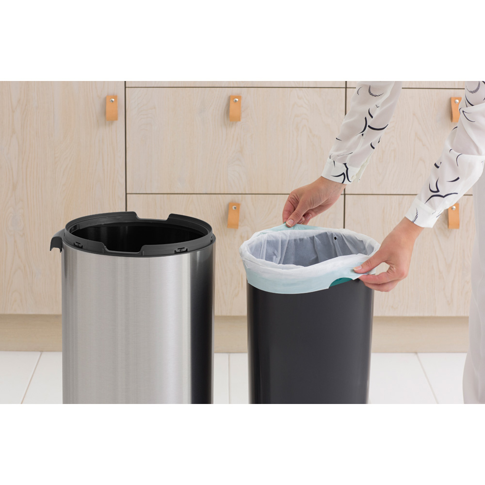 Кош за смет Brabantia Touch Bin New 30L, Matt Steel(11)