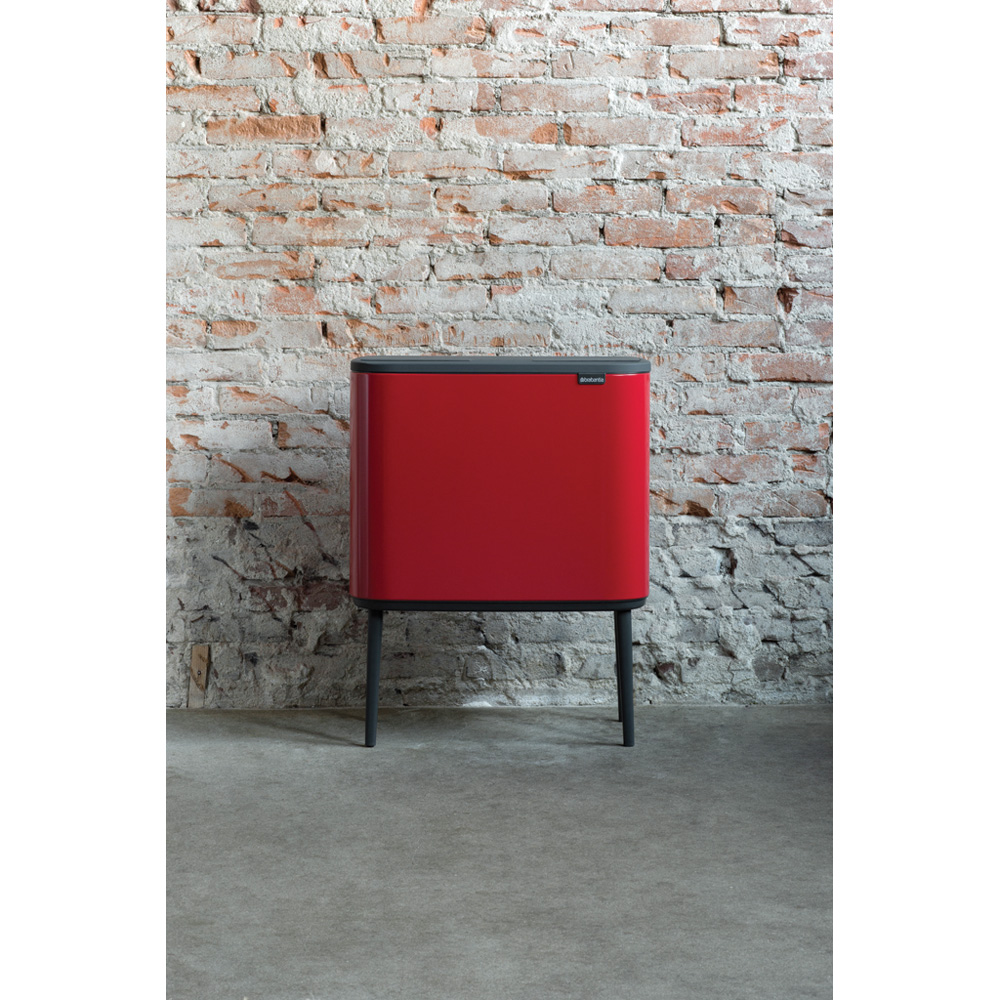Кош за смет Brabantia Bo Touch 36L, Passion Red(10)