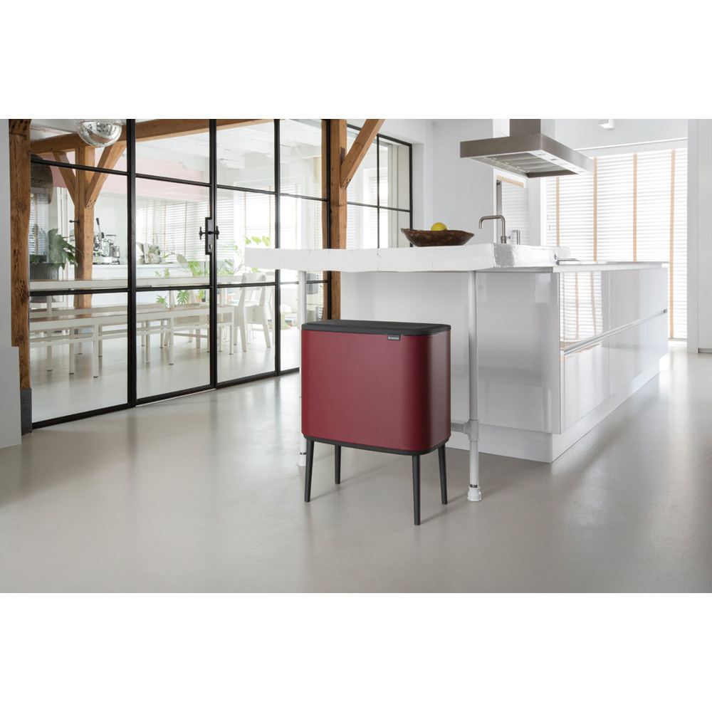 Кош за смет Brabantia Bo Touch 36L, Mineral Windsor Red(9)