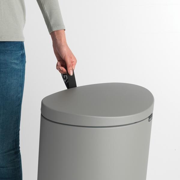 Кош за смет с педал Brabantia FlatBack+ 40L, Mineral Concrete Grey(8)