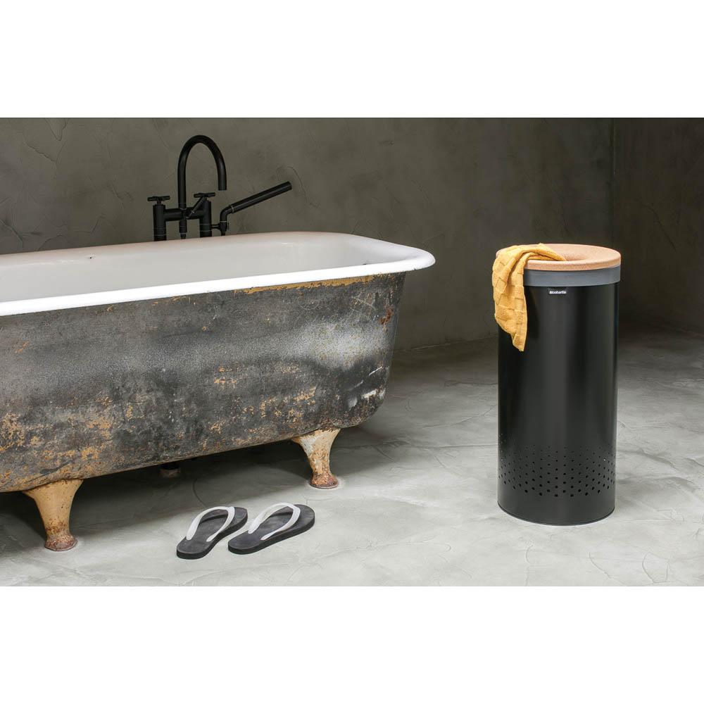 Кош за пране Brabantia 35L, Black, корков капак(6)