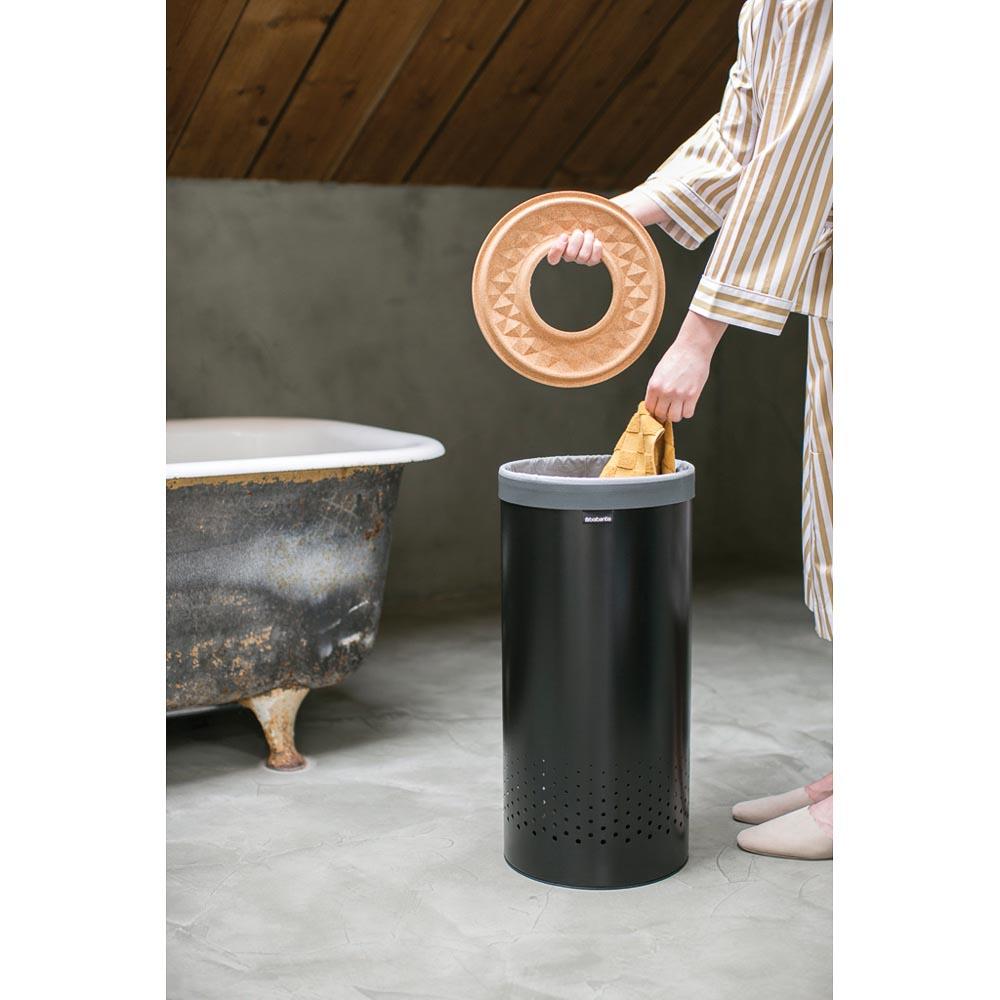 Кош за пране Brabantia 35L, Black, корков капак(8)