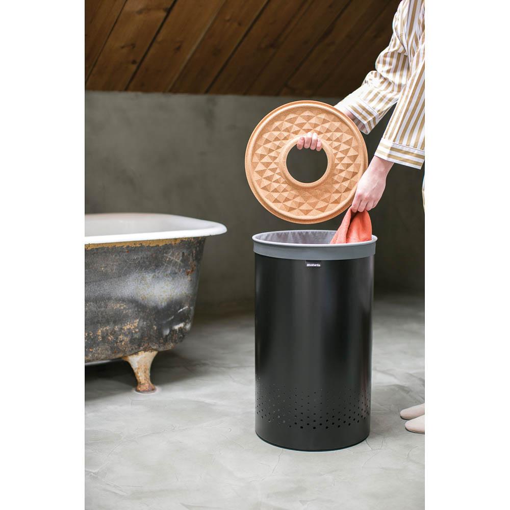 Кош за пране Brabantia 60L, Black, корков капак(2)