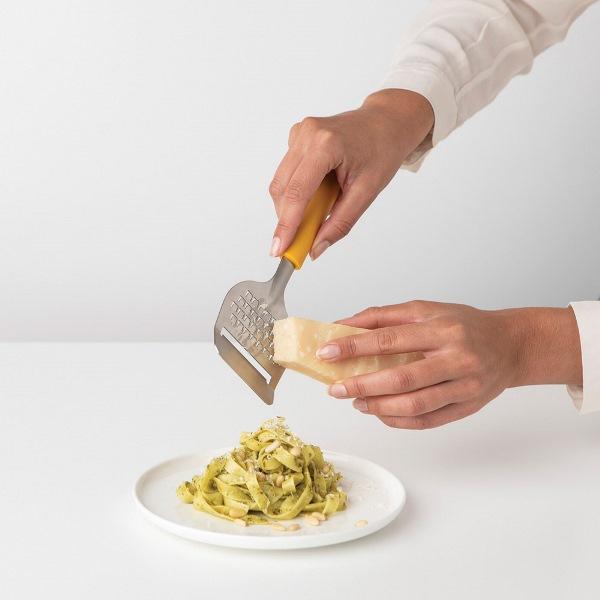 Нож за сирена с ренде Brabantia Tasty+ Honey Yellow(1)