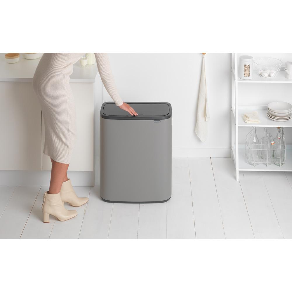 Кош за смет Brabantia Bo Touch 2x30L, Mineral Concrete Grey(8)