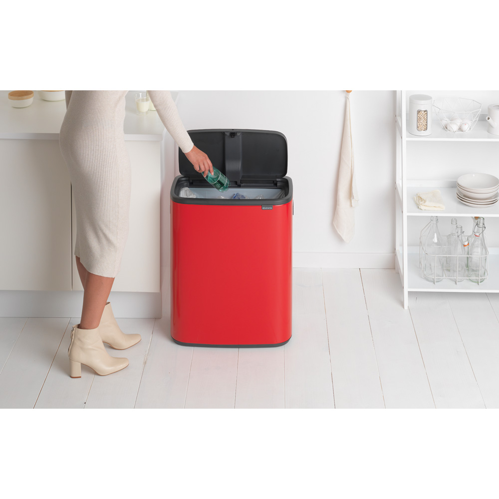 Кош за смет Brabantia Bo Touch 60L, Passion Red(10)