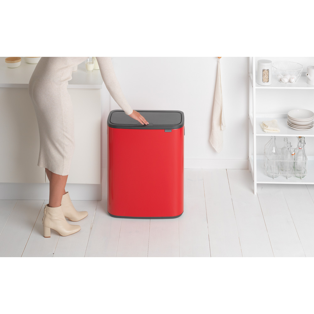 Кош за смет Brabantia Bo Touch 60L, Passion Red(8)