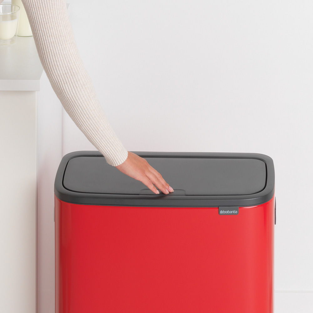 Кош за смет Brabantia Bo Touch 60L, Passion Red(9)