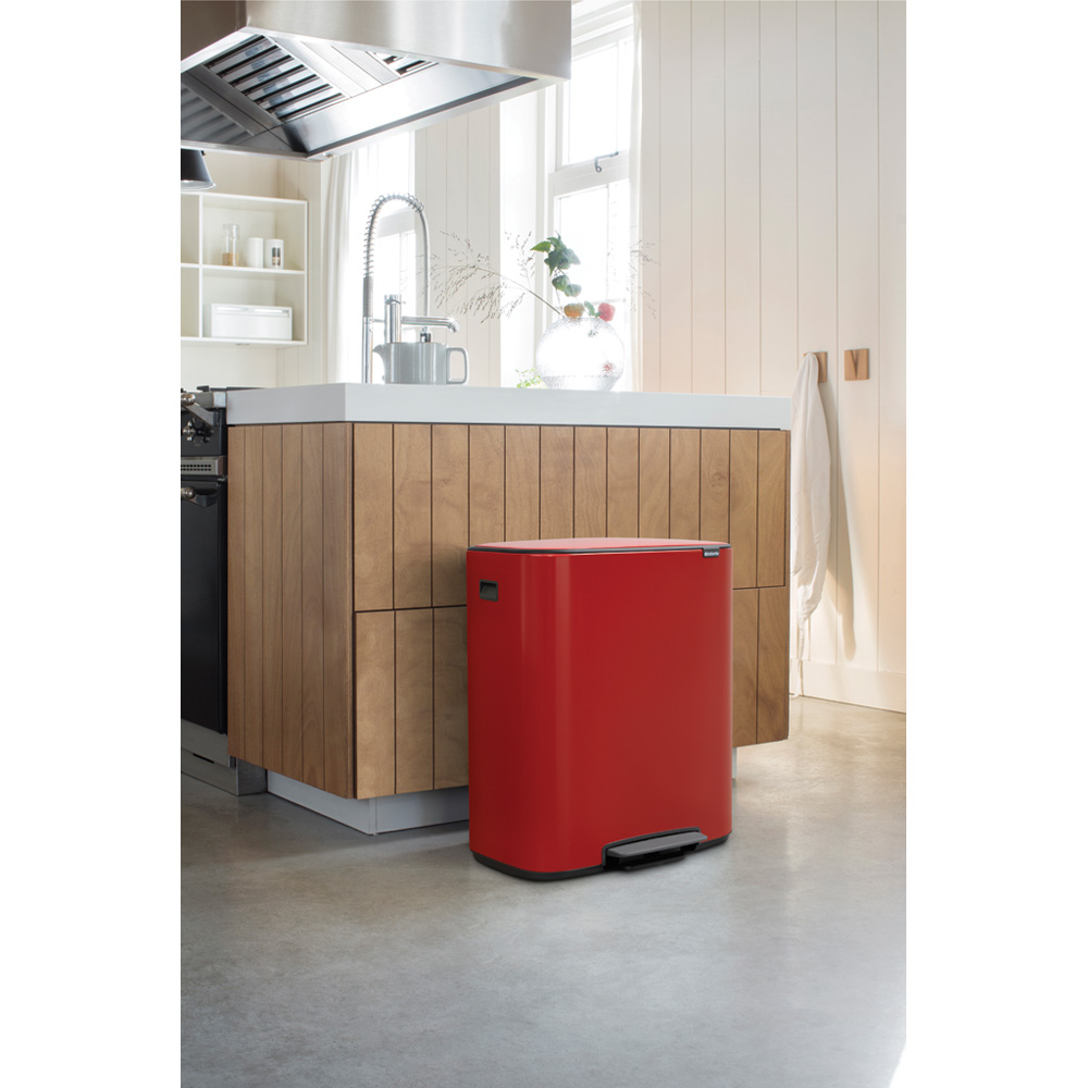 Кош за смет Brabantia Bo Pedal 2x30L, Passion Red(7)