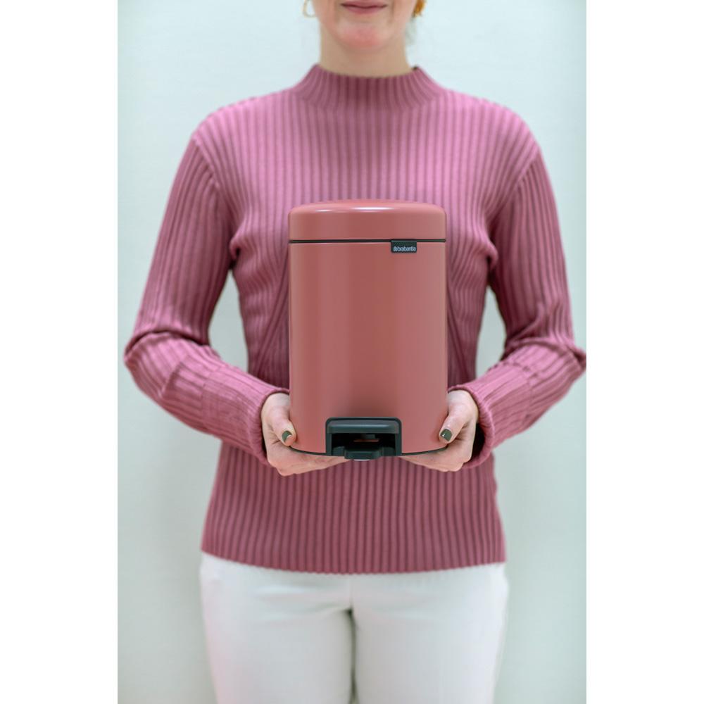 Кош за смет с педал Brabantia NewIcon 5L, Terracotta Pink(11)