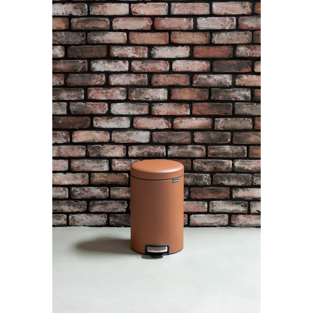 Кош за смет с педал Brabantia NewIcon 12L, Mineral Cinnamon(13)