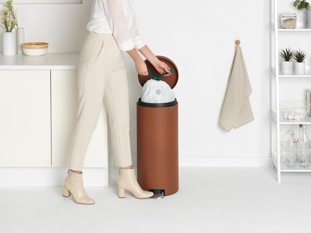 Кош за смет с педал Brabantia NewIcon 30L, Mineral Cinnamon(7)