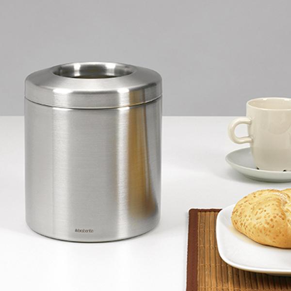 Кош за смет за маса Brabantia 2.3L, Matt Steel, метален капак(3)